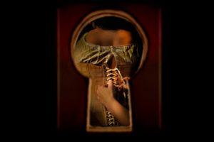 1617-fingersmith-web-finalart-02