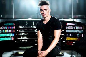 Cameron Carpenter and the International Touring Organ