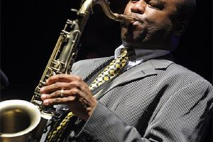 Thomas Wilkins conducts Hailstork, Sierra, Price and Ellington with saxophonist James Carter