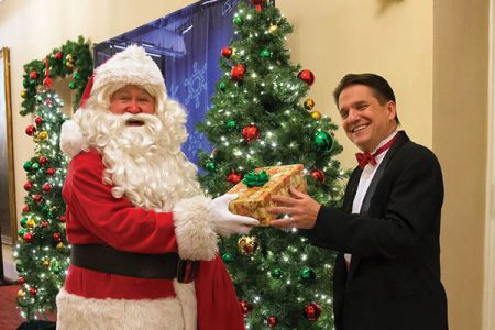 Christmas In Boston 2019.2019 Boston Pops Holiday Tour Presented By The Hanover