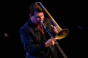 DESCARGA: Jazz and World Music Faculty Latin Jam!