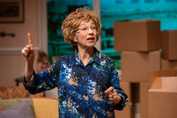 Anne O'Sullivan as Dr. Ruth. Photos by Andrew Brilliant/Brilliant Pictures.