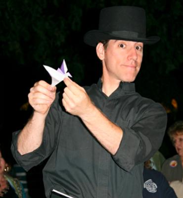 Live Arts Arlington: The Origami Guy