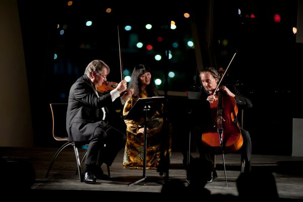Han-Setzer-Finckel Trio