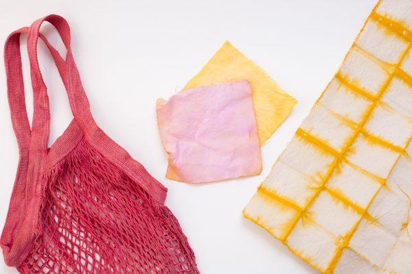 Minni Design + Wine - Dyeing Natural Fibers