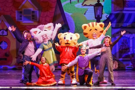 Daniel Tiger's Neighborhood Live: King for a Day!