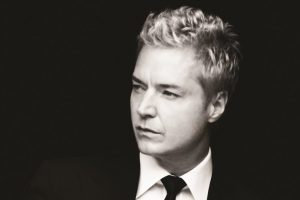 primary-Chris-Botti-1481648653