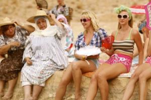 Cinéphile Sundays: Et maintenant on va où? (Where Do We Go Now?)