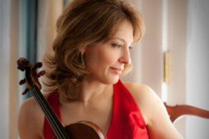 """Irina Muresanu, Violin """"Four Strings Around The World"""""""