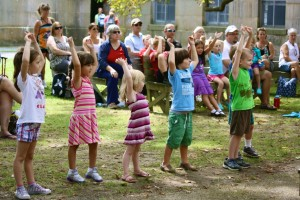primary-Playdates--on-Georges-Island---Toe-Jam-Puppet-Band-1467917382