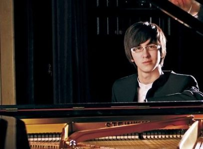 Sunday Concert Series: Charlie Albright, piano