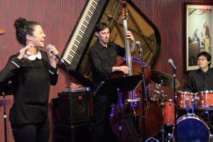 primary-XTY-Jazz-Group-at-Ryles-Jazz-Club-1483509121